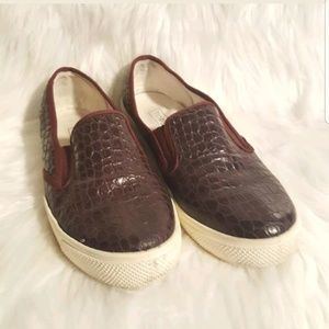 Womens TOPSHOP Plum loafers faux crocodile slip on